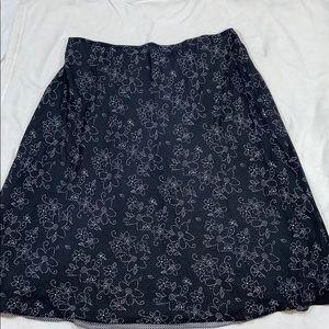 🔥3/$20 CROFT & BARROW Reversible Skirt
